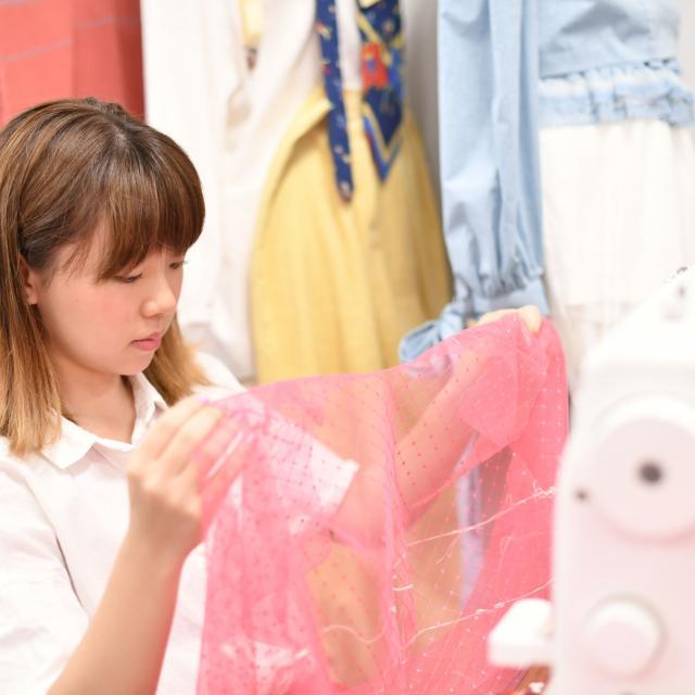 横浜ファッションデザイン専門学校 Tシャツ作り1