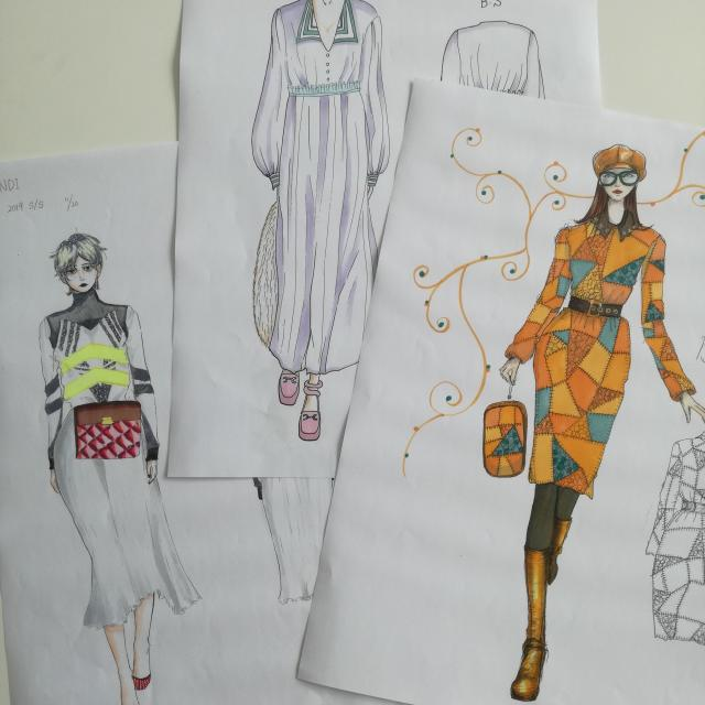 デザイン科初心者大歓迎マーカーで塗り絵体験香蘭ファッション