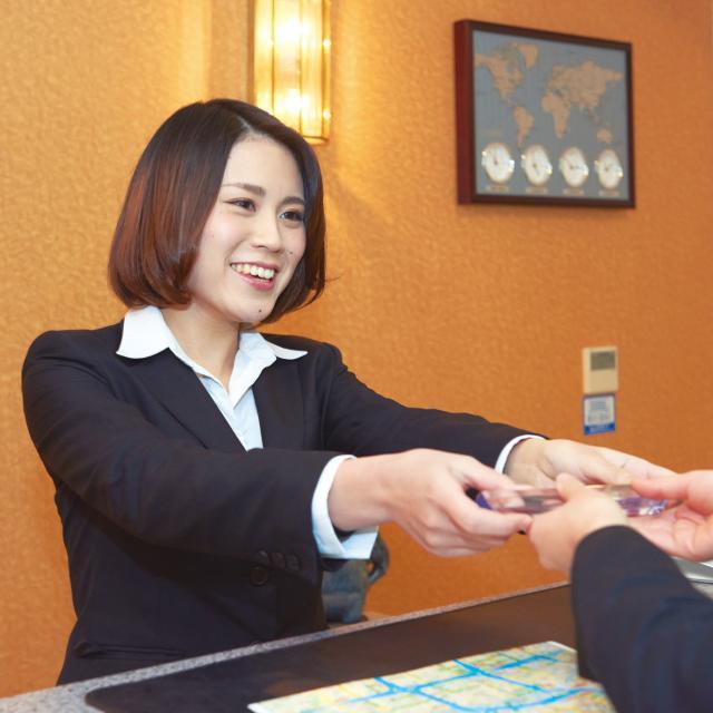 大阪観光専門学校 ◆ ホテル学科 8-9月体験入学 ◆2