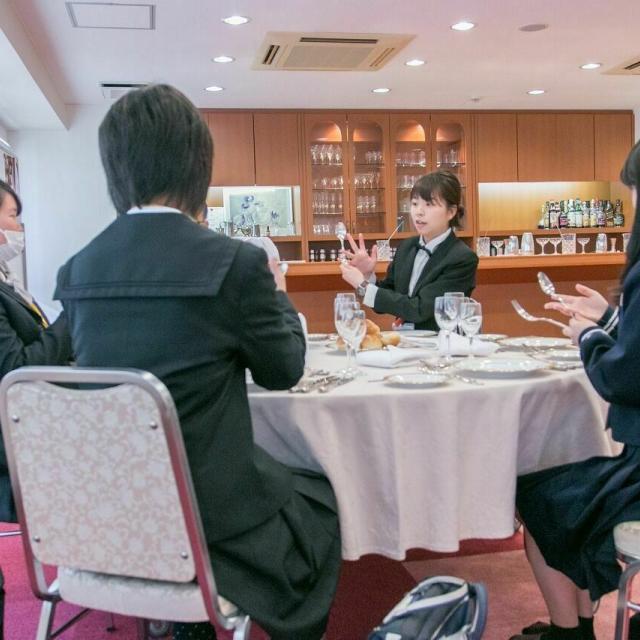 広島会計学院ビジネス専門学校 お友達や在学生と気になるコースを体験使用♪4