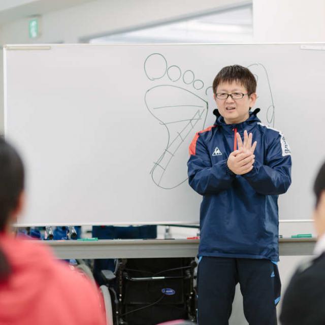女子7人制ラグビー日本代表熊谷 中村 知春 選手が来校!