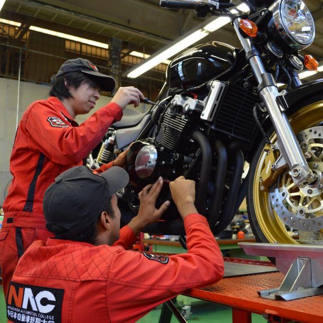 中日本自動車短期大学 整備士だけじゃない!開発・設計者も目指せる大学!2