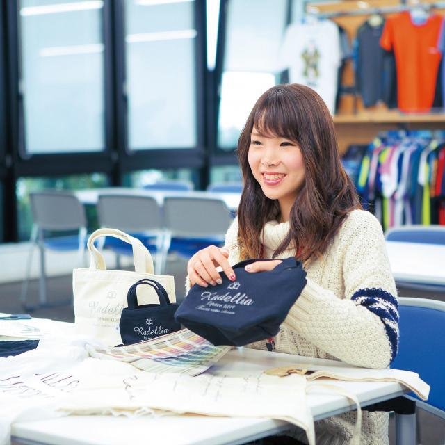 専門学校岡山ビジネスカレッジ ファッション業界のプロから学ぶ★業界の裏側とは!?2