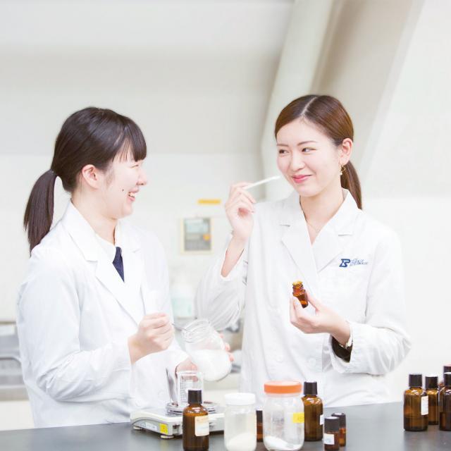 東京バイオテクノロジー専門学校 【化粧品開発コース】オープンキャンパス:バイオのコース体験2