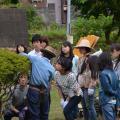 日本ガーデンデザイン専門学校 在校生がエスコート 樹木の剪定