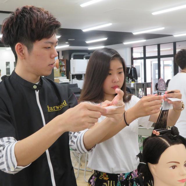 スターウッドBeB美容専門学校 美容師学科4