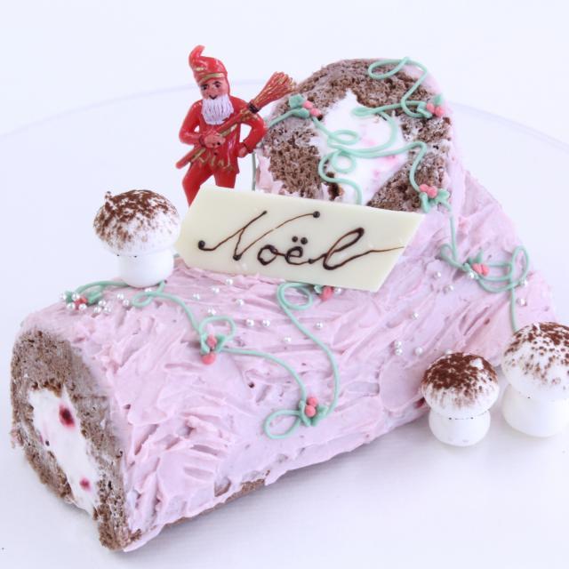 名古屋調理師専門学校 今年のクリスマスは手作りケーキに挑戦!1