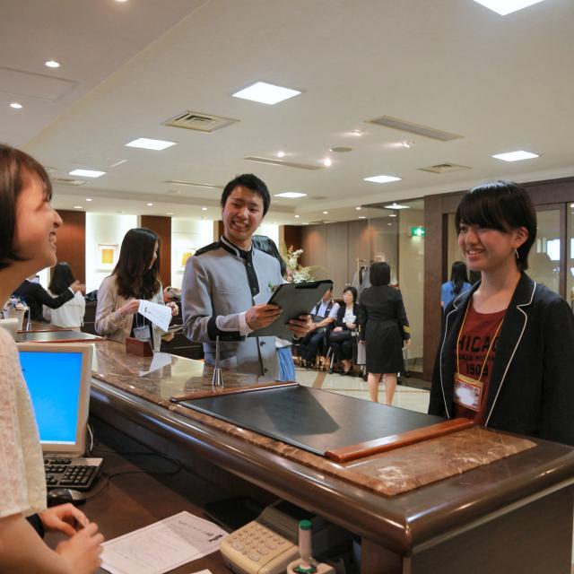 大阪ホテル専門学校 【ホテルサービス】職業なりきり体験オープンキャンパス2