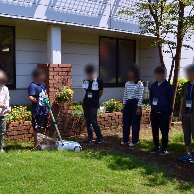 日本ガーデンデザイン専門学校 在校生が教える 芝生の管理方法4