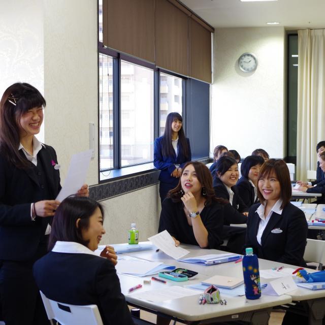 大阪ウェディング&ホテル・観光専門学校 接客・サービスのお仕事のコツ、教えます!2