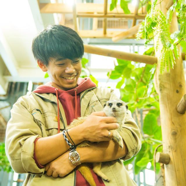 北海道エコ・動物自然専門学校 全道より無料送迎バス!150種の動物たちと出会える飼育体験!1
