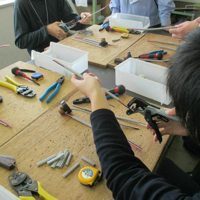 岡山科学技術専門学校 【電気工学科】電気のスゴさを感じることができる体験型イベント2