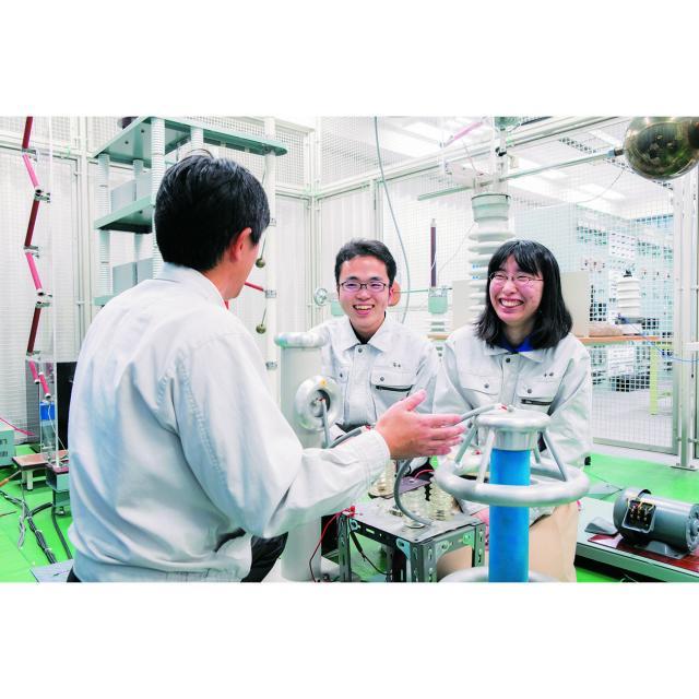 名古屋工学院専門学校 先生・在校生と学べるリアル電気体験~電気コース~2