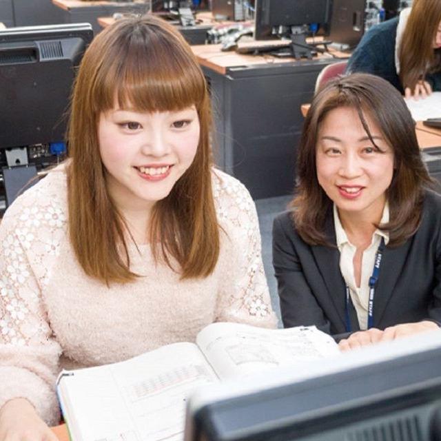 東京スクール・オブ・ビジネス 必修授業のパソコンの先生による『60分の体験授業』!!1
