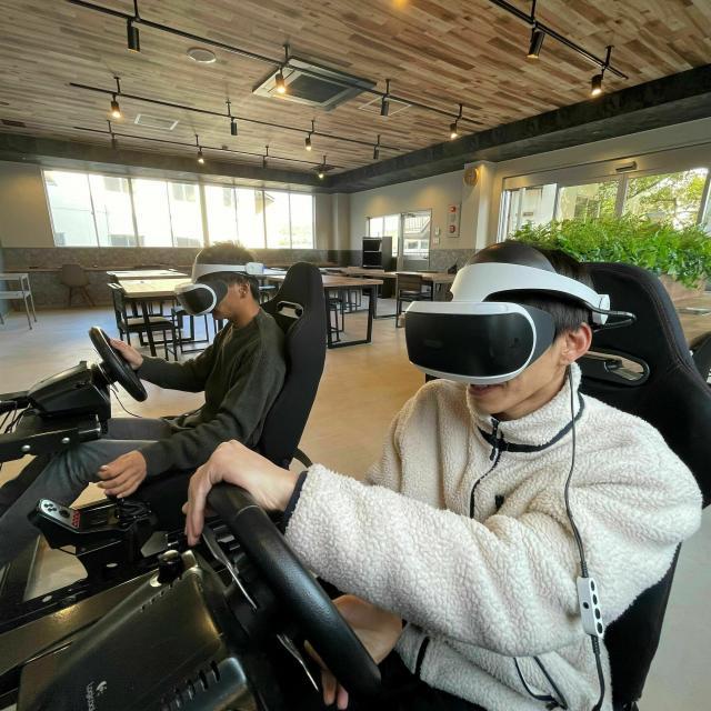 専修学校 中部国際自動車大学校 VRでレース体験!1