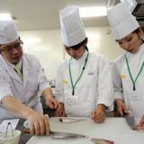 【日本料理】~サーモン寿司食べ比べ~の詳細