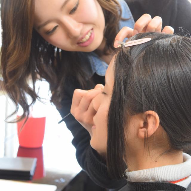 大阪ビューティーアート専門学校 【メイク】おしゃれ最先端を学ぼう♪オープンキャンパス1