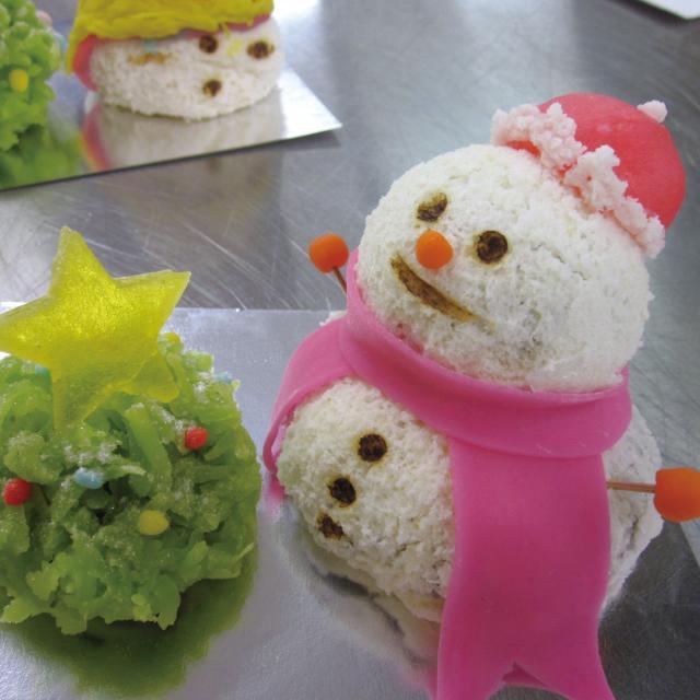 神戸製菓専門学校 【パティシエのお仕事体験♪】クリスマスいちごタルト&和菓子2