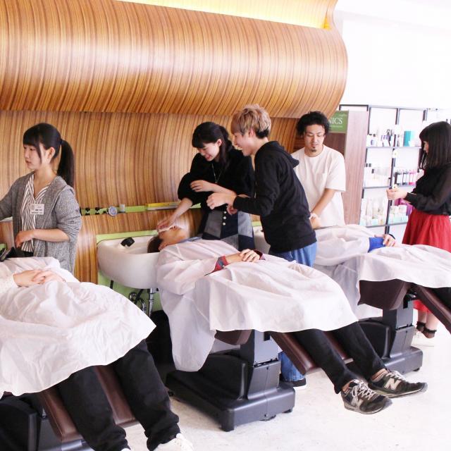 明星国際ビューティカレッジ 春休みイベント!美容師のお仕事体験セミナー2