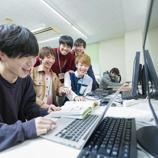 新潟コンピュータ専門学校 夏オープンキャンパス!スマホアプリ・ゲーム制作体験をしよう!4