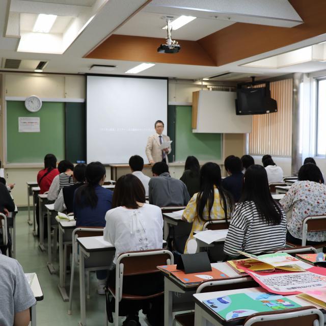大阪教育福祉専門学校 学校見学セミナー1