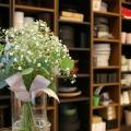 専門学校名古屋ウェディング&フラワー・ビューティ学院 ブライダルDay【かすみ草を使ったナチュラルブーケ作り】