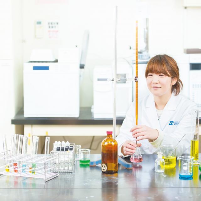 東京バイオテクノロジー専門学校 1日で最大12種類の実験ができる!【バイオフェス】3