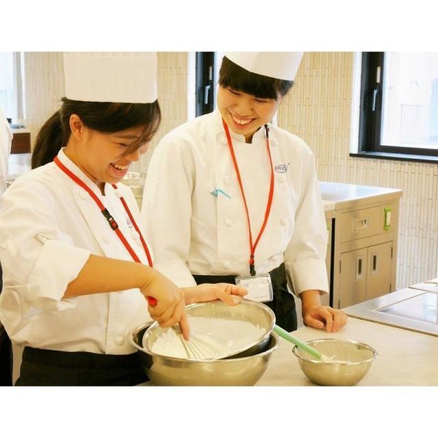 大阪調理製菓専門学校ecole UMEDA 料理もお菓子も!全ブースをとことん体験!X'masフェスタ3