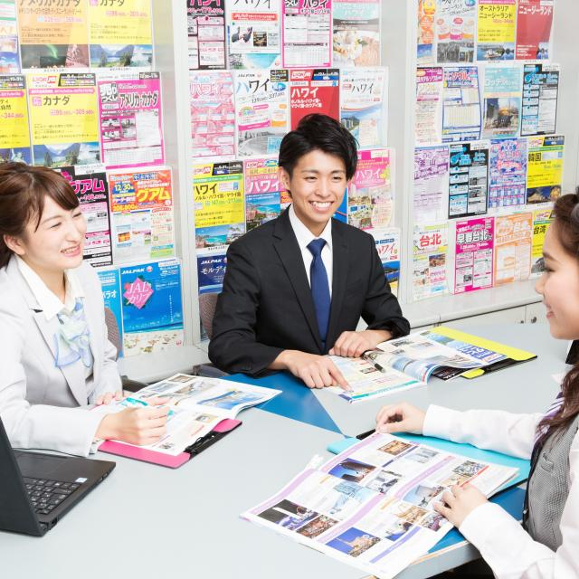 大阪ウェディング&ホテル・観光専門学校 ご当地グルメで旅行体験!2