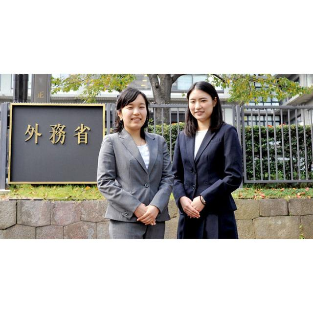 日本外国語専門学校 公務員フェア&公務員説明会1