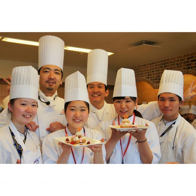 大阪調理製菓専門学校ecole UMEDA 料理もお菓子も!全ブースをとことん体験!X'masフェスタ4