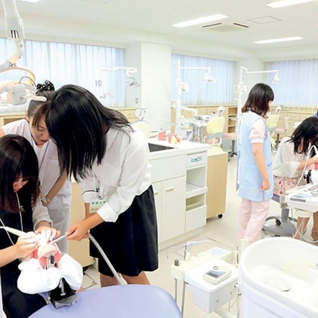 仙台保健福祉専門学校 2018 動いて見つける。自分の未来。2
