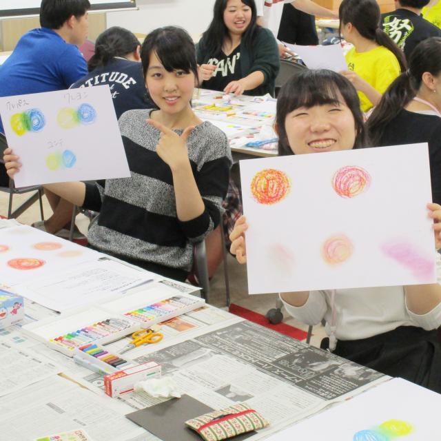 横浜保育福祉専門学校 体験入学 子どもと楽しめる工作をしてみよう!1