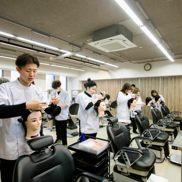 大阪中央理容美容専門学校 出願直前SP♪4