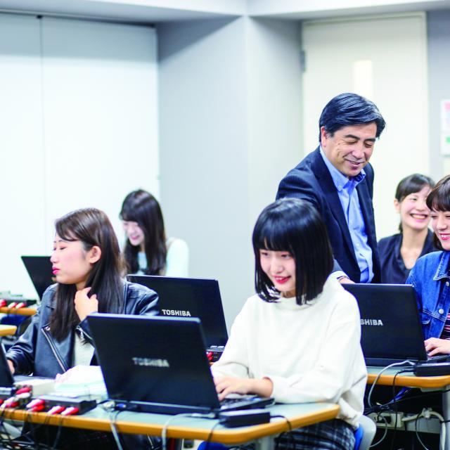 東京医薬専門学校 医療事務の仕事体験をしよう!~カルテ入力~1