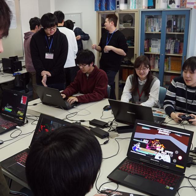 吉田学園情報ビジネス専門学校 「神風動画」×「スクウェア・エニックス」の特別対談講演です4