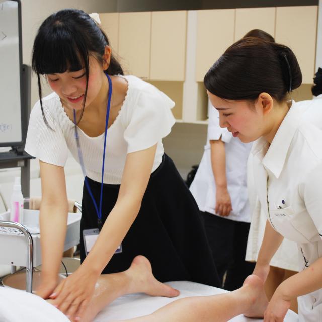 国際理容美容専門学校 ビューティ体験【エステ・メイク・ネイル】4