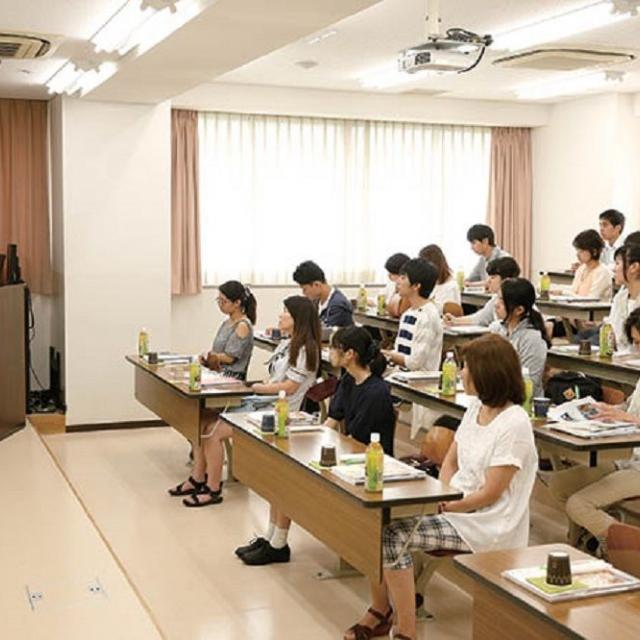 日本菓子専門学校 【留学生ガイダンスコース】1