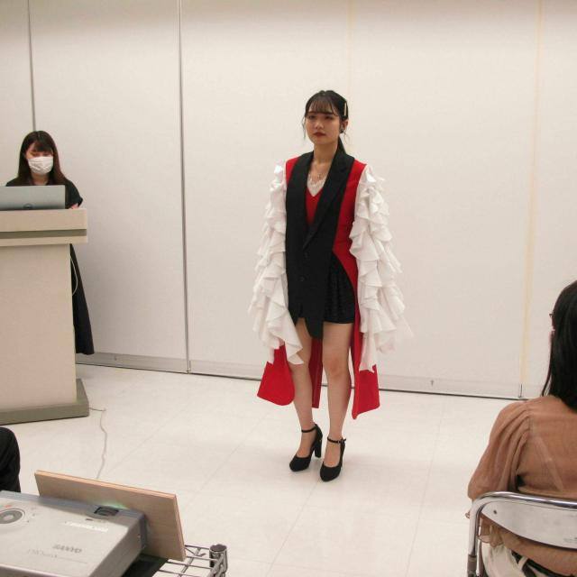 宮城文化服装専門学校 8月7日(土)学生グループワーク発表会1