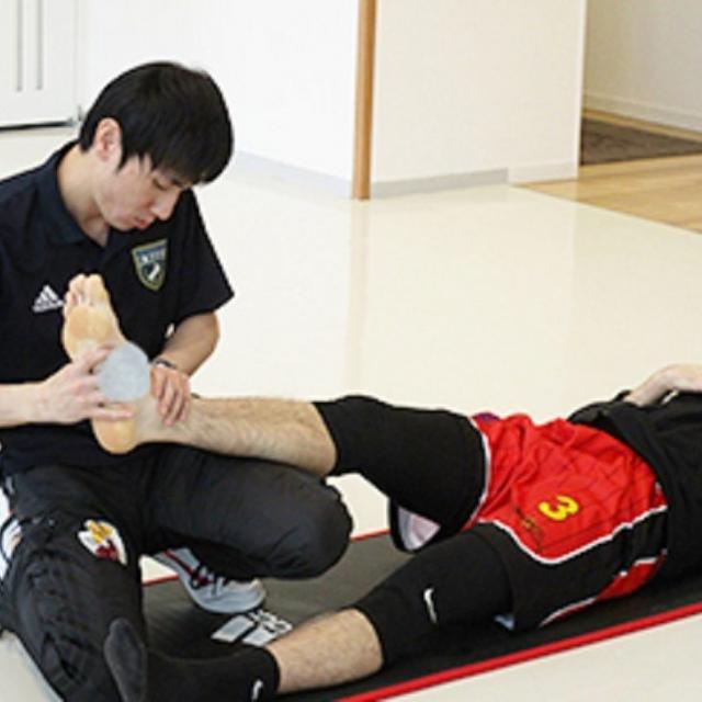 日本医学柔整鍼灸専門学校 スポーツトレーナー入門講座1