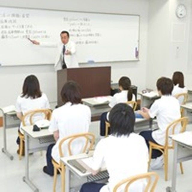 福岡天神医療リハビリ専門学校 医療系のお仕事に就きたい方へ1