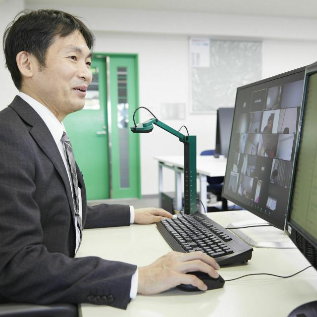 大阪電子専門学校 1対1で学科の先生に直接聞ける!オンライン相談会開催1