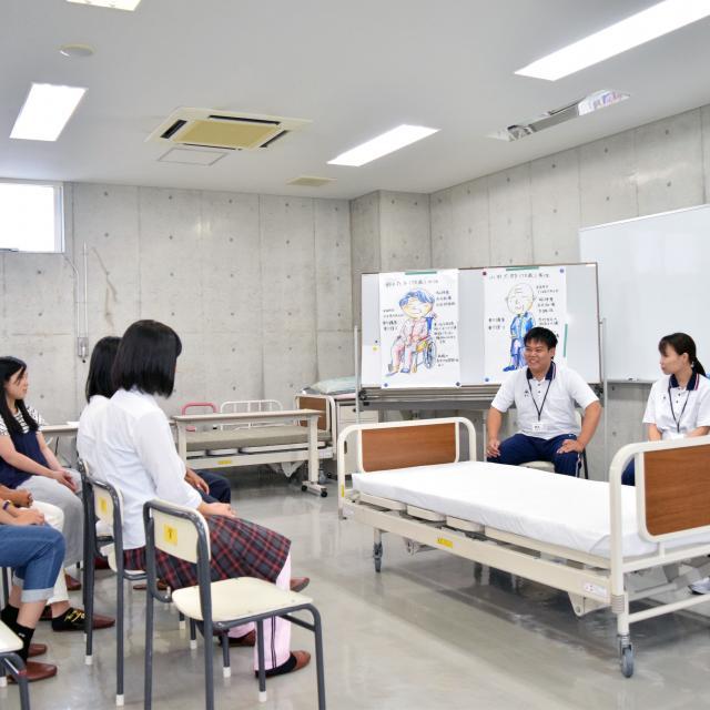 京都福祉専門学校 午後のオープンキャンパス ~ 介護体験 ~3
