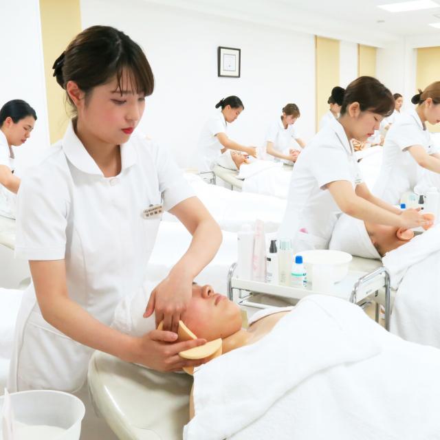 日本美容専門学校 2019 体験入学 【総合美容科】1