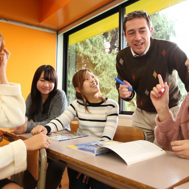 グレッグ外語専門学校新宿校 学校見学【グレッグ新宿校、7月】3