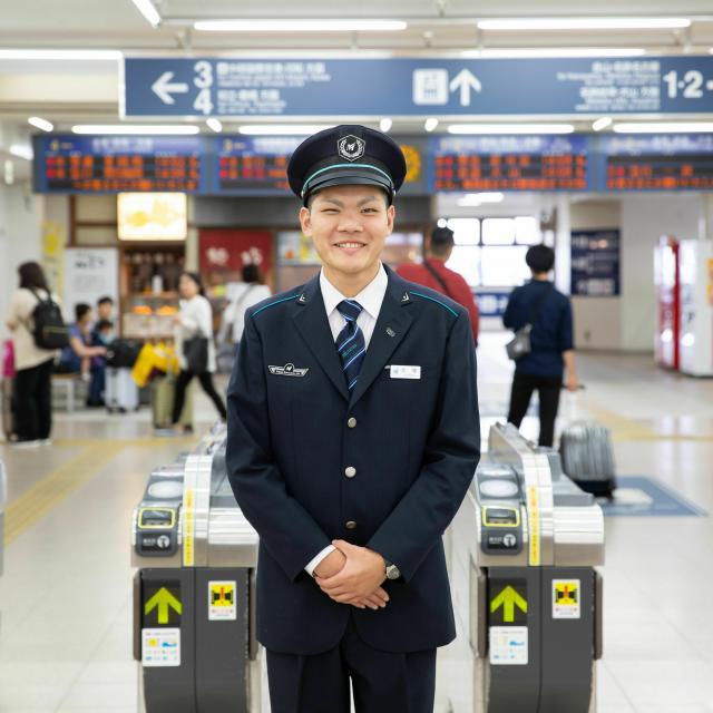 名古屋観光専門学校 【鉄道サービス学科】駅員のお仕事体験1