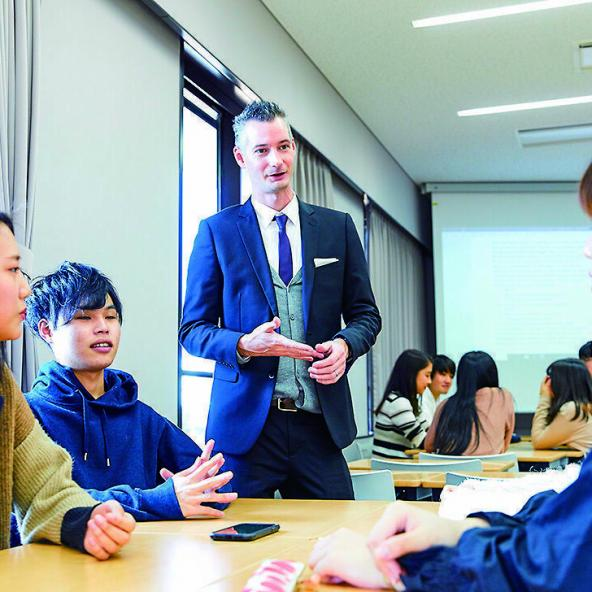 関西 外国 語 大学 偏差 値