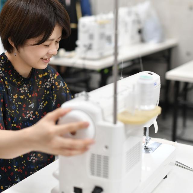 横浜ファッションデザイン専門学校 3月25日26日連続フレアスカート作り2