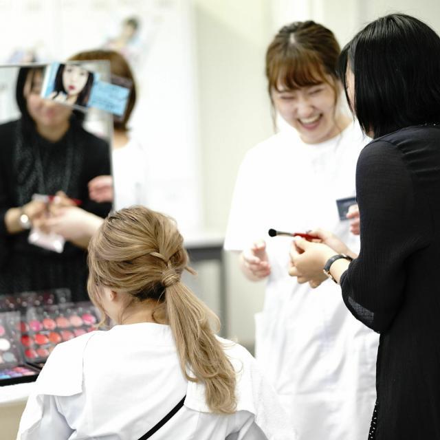 国際文化理容美容専門学校国分寺校 放課後体験入学会1