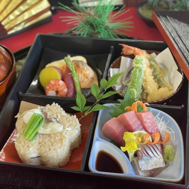 東海調理製菓専門学校 ☆★日本料理 松花堂弁当★☆1
